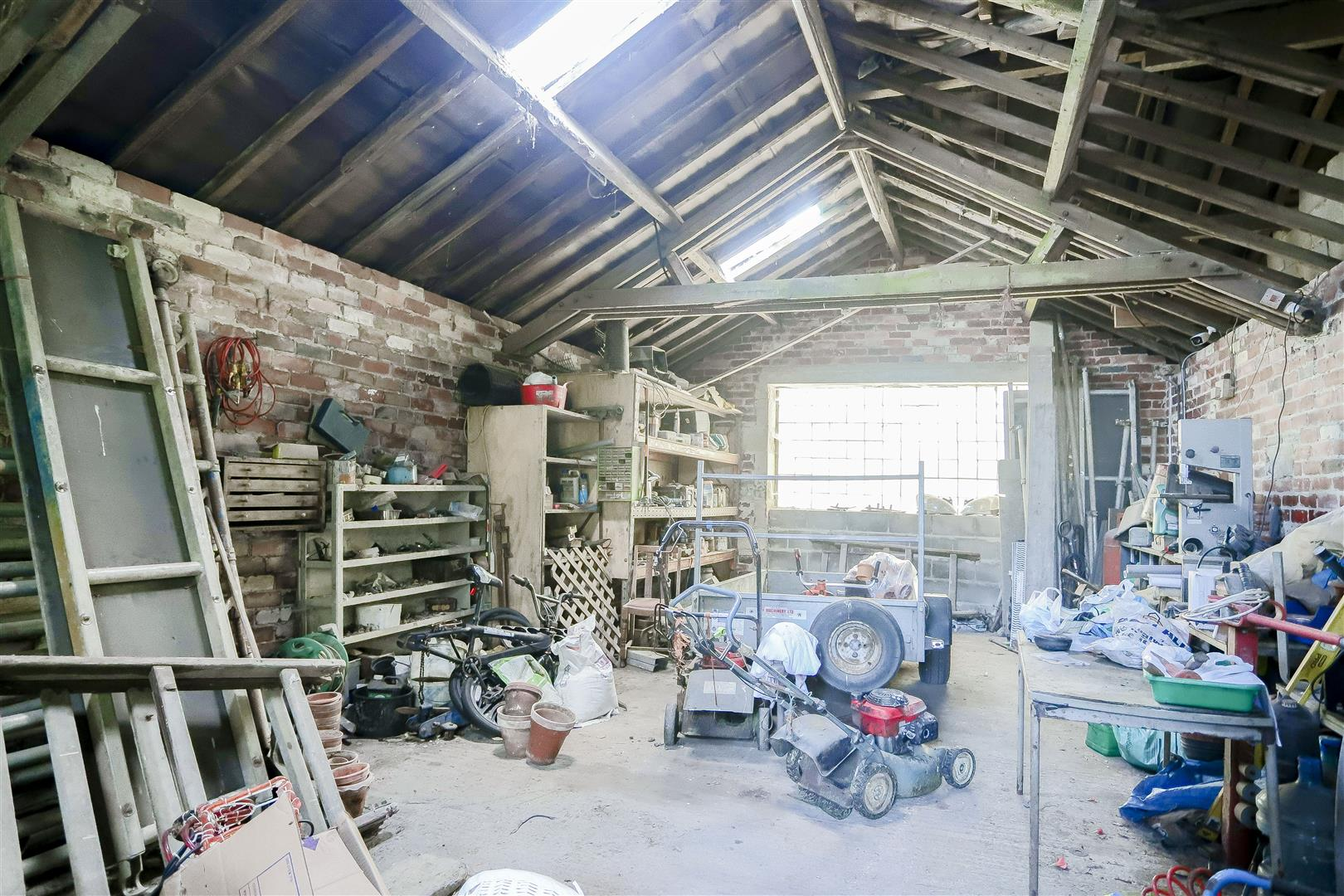 2 Bedroom Barn Conversion For Sale - IMG_2387.jpg